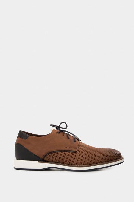 Zapato-atadura-de-cuero