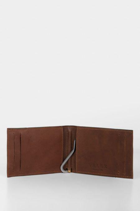 Porta-billetes-de-cuero