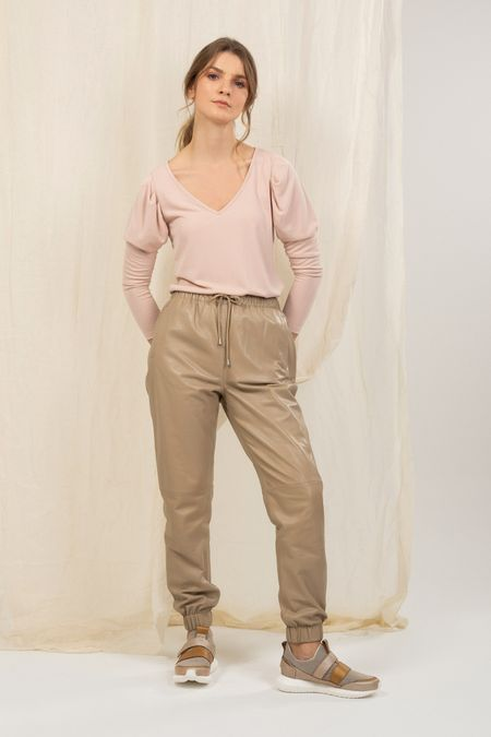 Pantalon-jogger-de-cuero