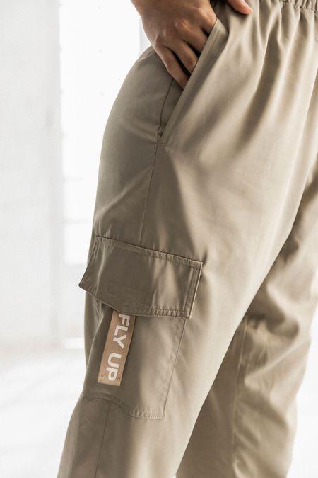 Pantalon-cargo-